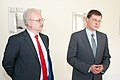 Ministru prezidents Valdis Dombrovskis tiekas ar Eiropas Kopienu tiesas tiesnesi Egilu Levitu (7995454471).jpg