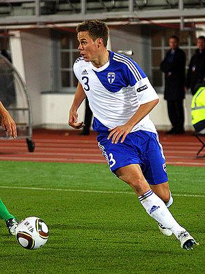 Niklas Moisander - Moisander with the national team.