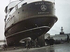 SS Mona's Isle (1950) - Mona's Isle aground at Fleetwood.