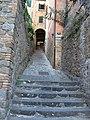 Montalcino, scalinata 02.JPG