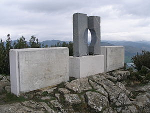 Fort San Cristóbal (Spain) - Memorial erected on top of the mount Ezcaba to the victims of the 1936 military uprising, frequently sabotaged and covered with fascist graffiti
