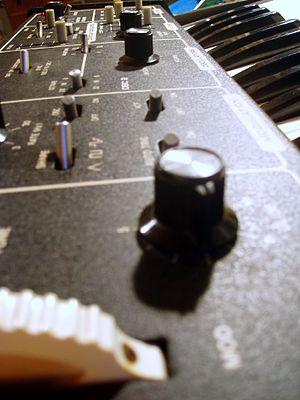 Moog Rogue - Image: Moog Rogue left panel
