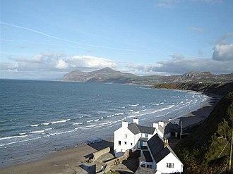 Morfa Nefyn - Image: Morfa Nefyn beach facing Yr Eifl geograph.org.uk 1427465