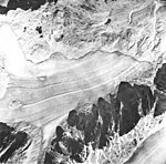 Muir Glacier, fragment terminus and outwash, August 22, 1965 (GLACIERS 5684).jpg