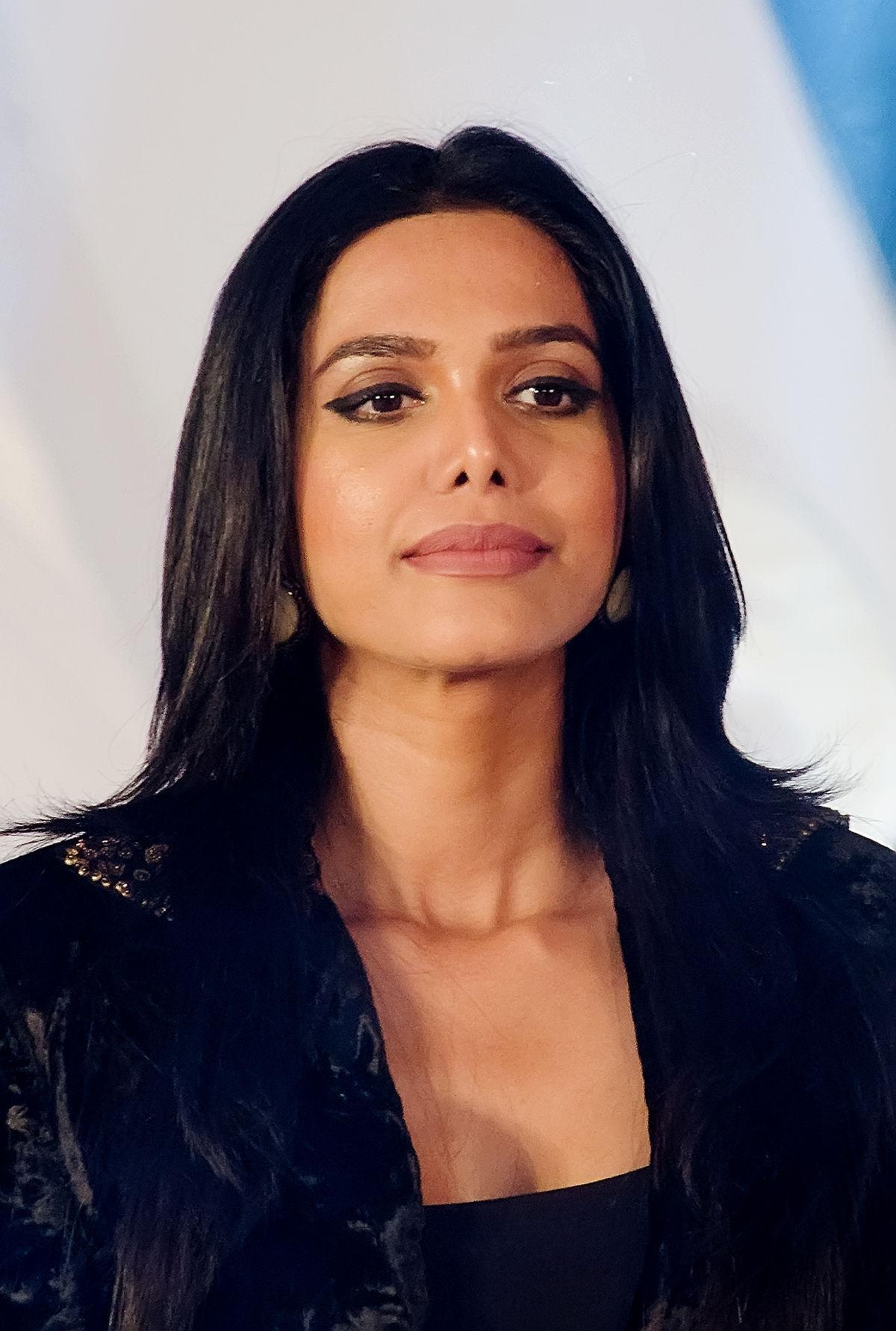 Natasha Suri... Natasha Suri Wiki