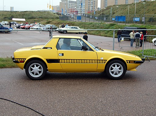 Nationale oldtimerdag Zandvoort 2010, 1976 FIAT X1-9, 53-NR-17 pic2