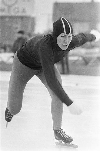 Atje Keulen-Deelstra - Image: Nederlandse schaatskampioenschap pen Deventer dames en Atje Keulen Deelstra Bestanddeelnr 925 2918