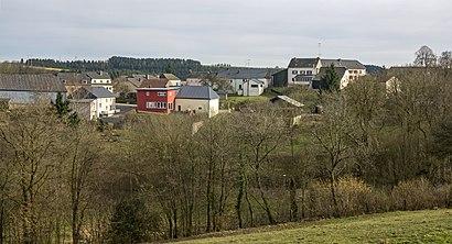 Comment aller à Neunhausen en transport en commun - A propos de cet endroit