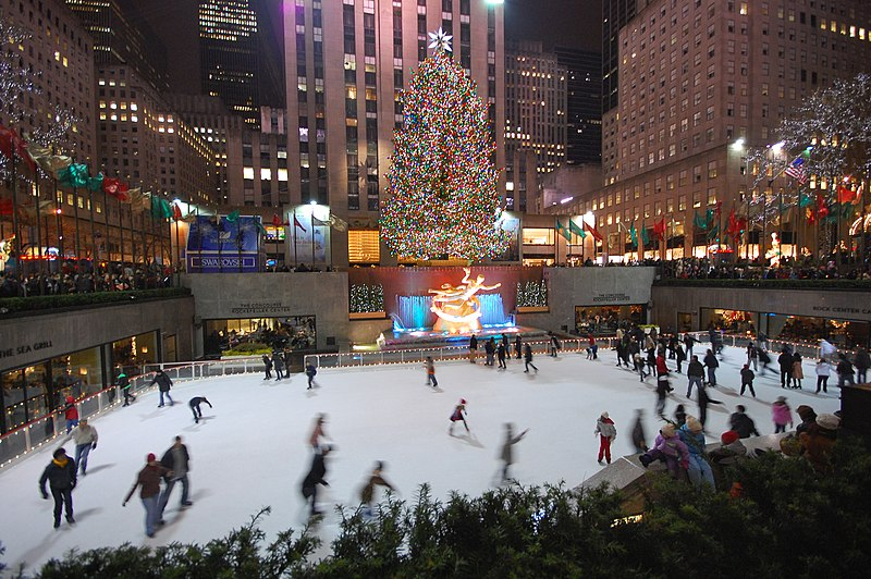 File:New York Christmas tree and skating-rink.jpg
