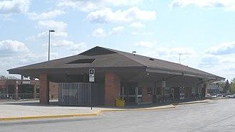 Newmarket Bus Terminal - Image: Newmarket Bus Terminal 001