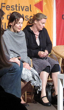 Nicolette Krebitz (left), Anne Hoegh Krohn (right), 2009.jpg