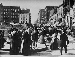 Hester Street (Manhattan) - Looking west from Norfolk Street around 1898