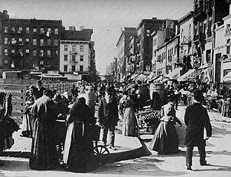 Hester Street (Manhattan) - Looking west from Norfolk Street around 1898