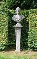Nymphenburg-Noerdlicher Kabinettsgarten Statue R2-1.jpg