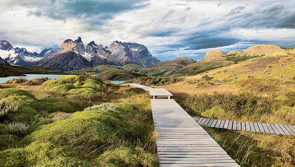 One of the most beautiful places on earth. Torres Del Paine (14838719522)