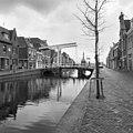 Overzicht Verdronkenoord vanaf Kitsteeg naar Accijnstoren - Alkmaar - 20005643 - RCE.jpg