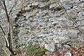 Pörtschach Burgruine Leonstein östliche Schildmauer 24032014 817.jpg