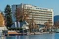 Pörtschach Johannes-Brahms-Promenade mit Parkhotel 24112020 8479.jpg