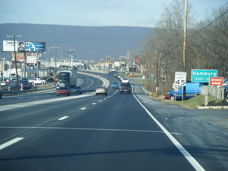 File:PA 61 NB approaching Fourth Street Hamburg 2.JPG