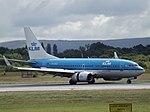 PH-BGX Boeing 737 KLM (30247090390).jpg