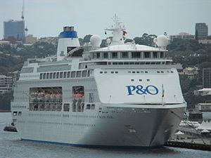 Pacific Pearl Darling Harbour.jpg