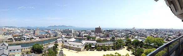 Panorama view from imabari castle.JPG