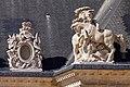 Paris - Toiture de la cour d'honneur des Invalides - Sculptures - 0010.jpg