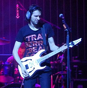 Paul Gilbert - Gilbert playing his signature guitar 2007
