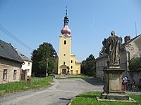 Penčice, kostel.jpg