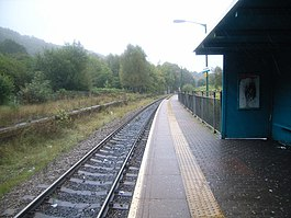 Penrhiwceiber railway station - looking along platform - geograph.org.uk - 564496.jpg