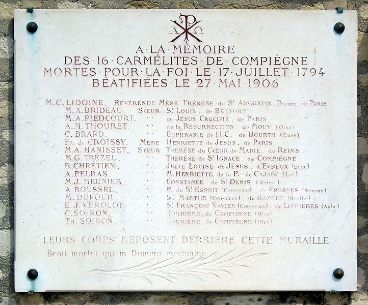 Fichier:Plaque Carmélites de Compiègne, Cimetière de Picpus, Paris 12.jpg
