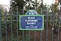 Plaque place Brunot Paris 2.jpg