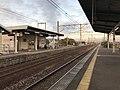Platform of Nabeshima Station 2.jpg