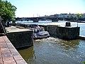Plavební komora Mánes, loď Visla zadní část.jpg
