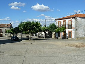 Plaza mayor roelos.jpg