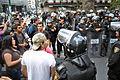 Policía y manifestantes 1 de diciembre de 2012.JPG