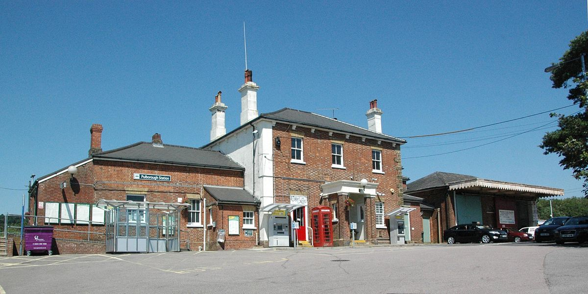 Car Financial Services >> Pulborough railway station - Wikipedia
