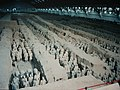 Qin Shihuang Terracotta Army, Pit 1 (9891982774).jpg