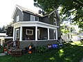 Queen Anne Style House - panoramio - Corey Coyle.jpg