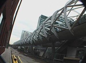 Netkous-viaduct - Image: Randstad Rail Den Haag 073289