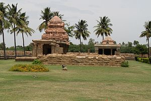 Ariyalur district - 10th Century Chola monuments at Gangaikondacholapuram