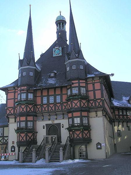 File:Rathaus Wernigerode.jpg