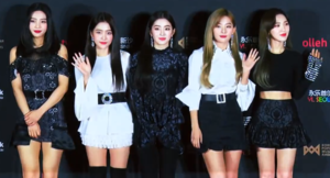 Red Velvet at Korea Popular Music Awards red carpet on December 20, 2018 (2).png