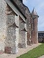 Renneval (Aisne) église, contreforts sud.JPG