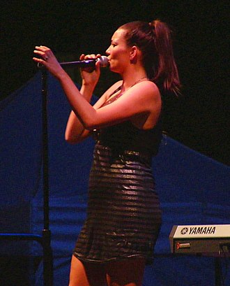 Ricki-Lee Coulter - Coulter performing in Tea Tree Gully, South Australia in February 2007.