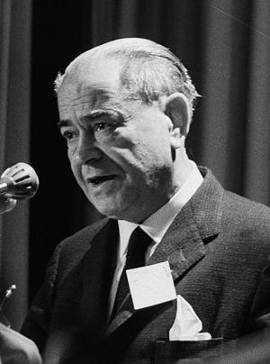 Llopis, Rodolfo (1895-1983)