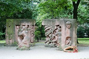"""Block der Frauen"" - a sculpture by ..."