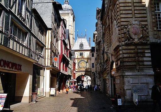 Rouen Rue du Gros-Horloge 04