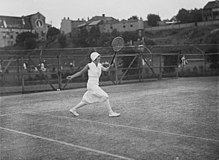 SLNSW 6396 Womens tennis at White City during Country Week.jpg