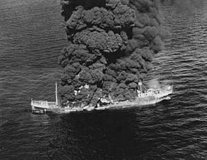 SS Potrero Del Llano é queimado após ser torpedeado.jpg